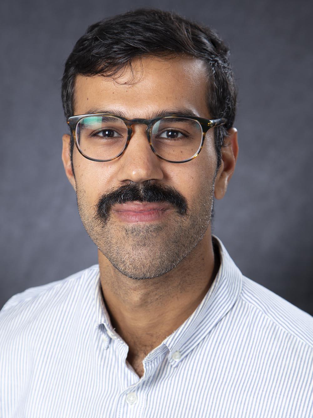 Abtin Farahmand, MD